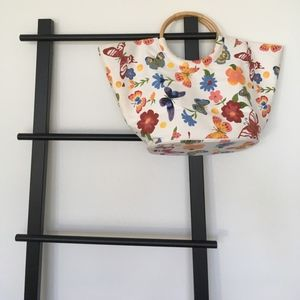 Butterfly Tote Wooden Circular Handles So Fresh!🦋